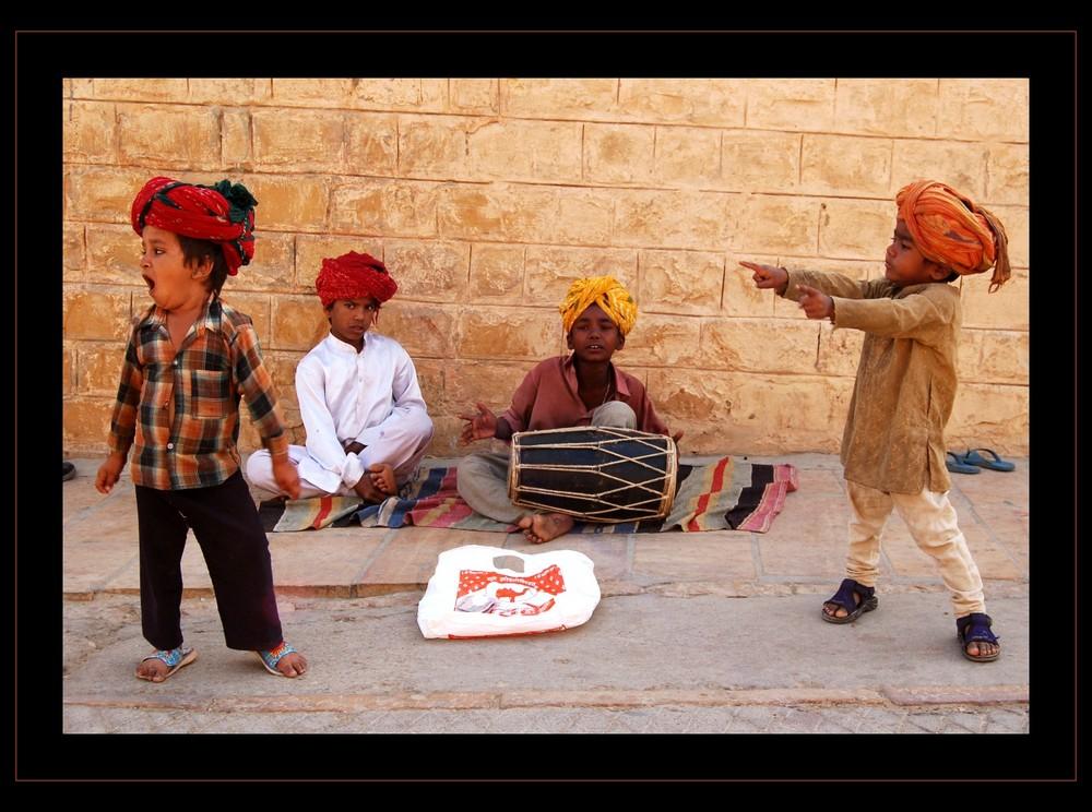 Incredible India - Boygroup