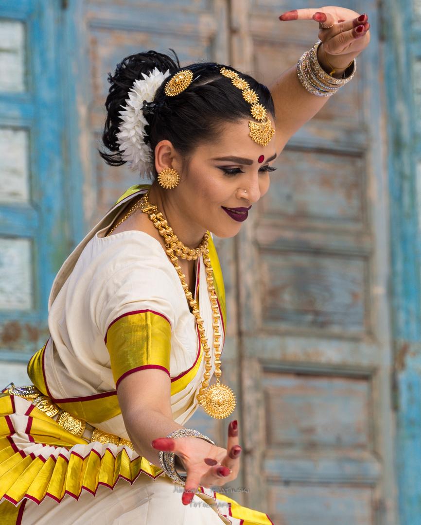 Indian Dance Performance-418