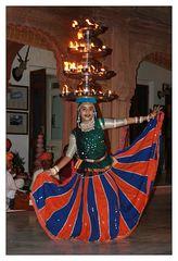 Indische Tänzerin in Bikaner