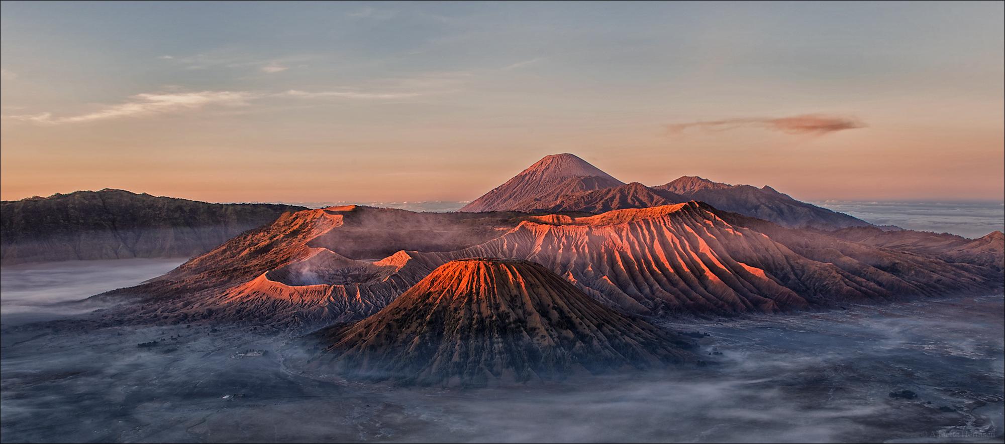 Indonesien [33] - Sunrise at Mt. Bromo