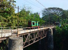 Indonesien - Diesel bei der Zuckerfabrik Purwodadi
