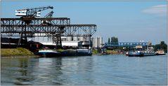 ... Industrie am Rhein ...