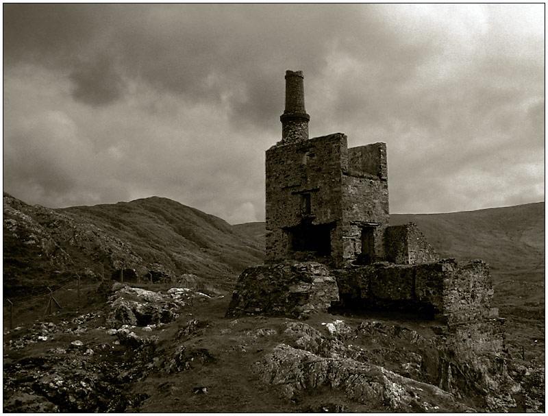 Industrie-Ruine in Irland: Allihies Copper Mines