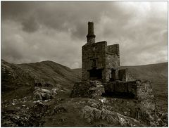 Industrie-Ruine in Irland: Allihies Copper Mines