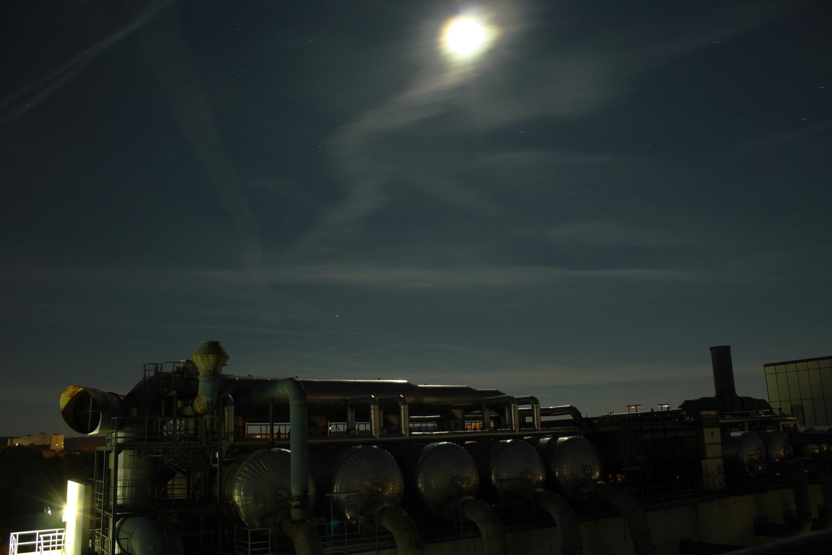 Industrie und Mond