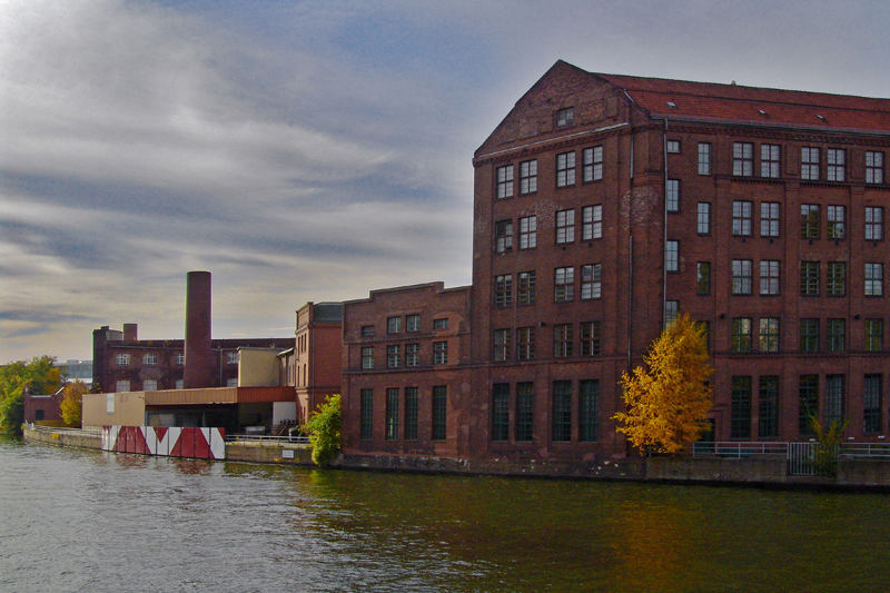 Industriearchitektur an der Spree