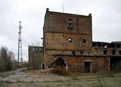 Industrieruine hinterm Bahnhof I