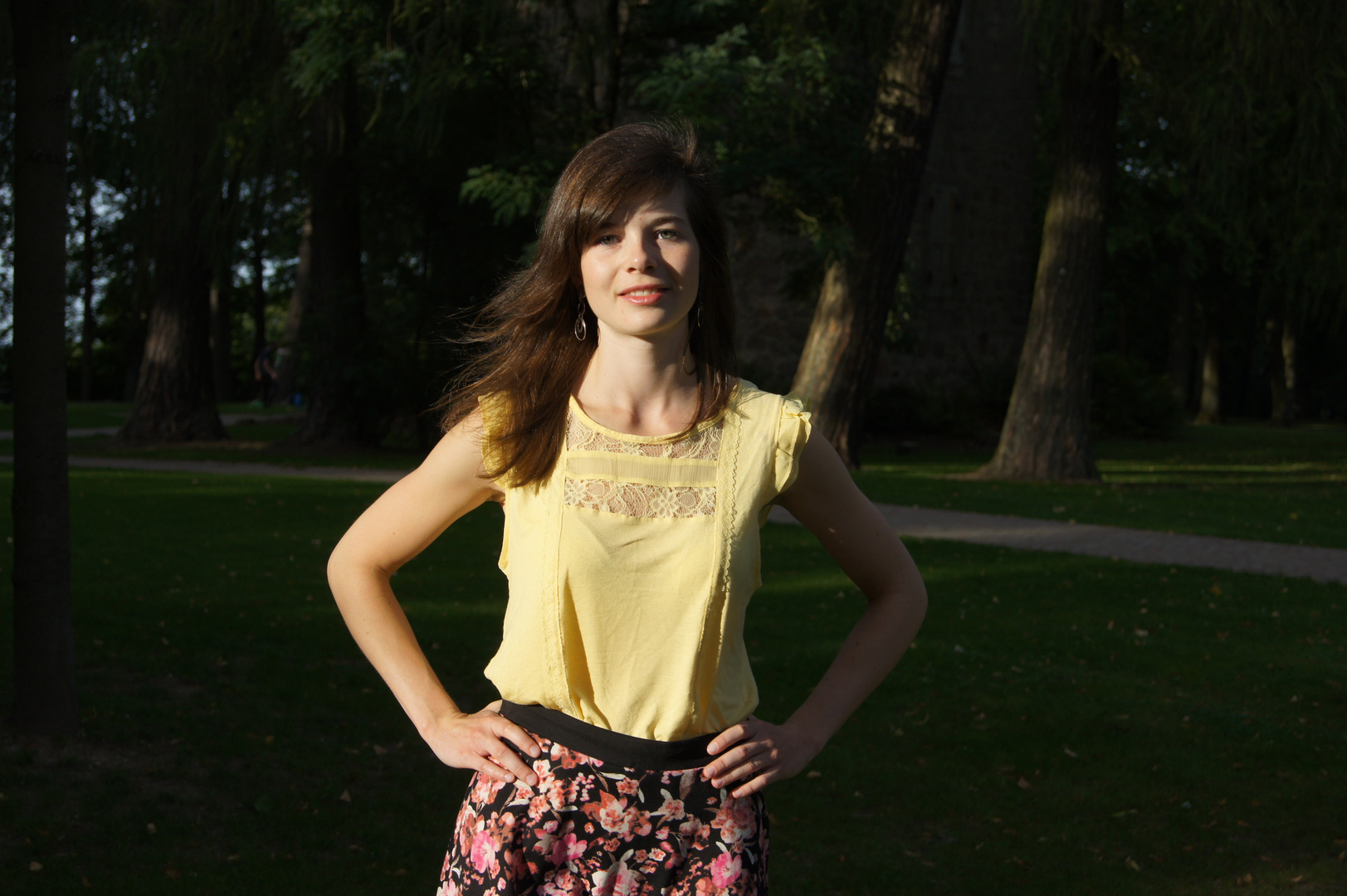 Ines im Park II