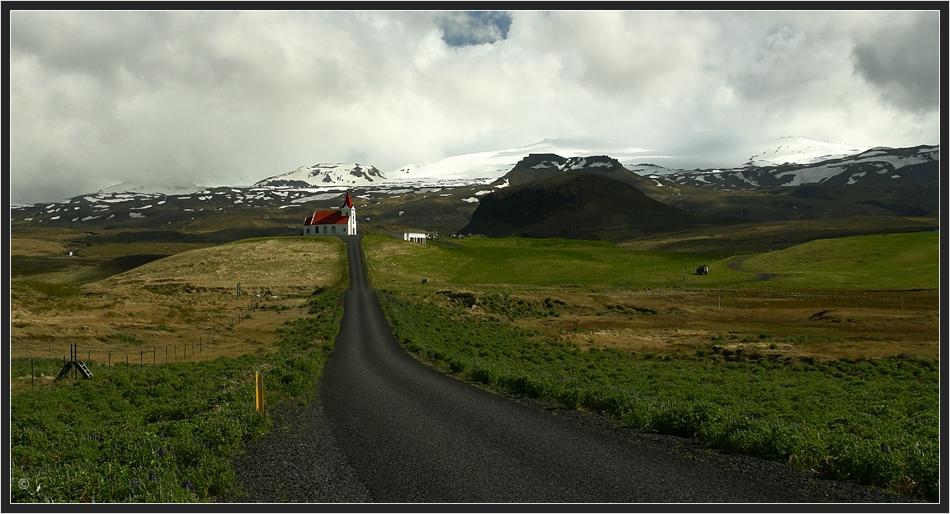 Ingjaldshóll mit Snaefellsjökull