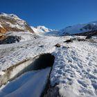 Ingresso grotta glaciale