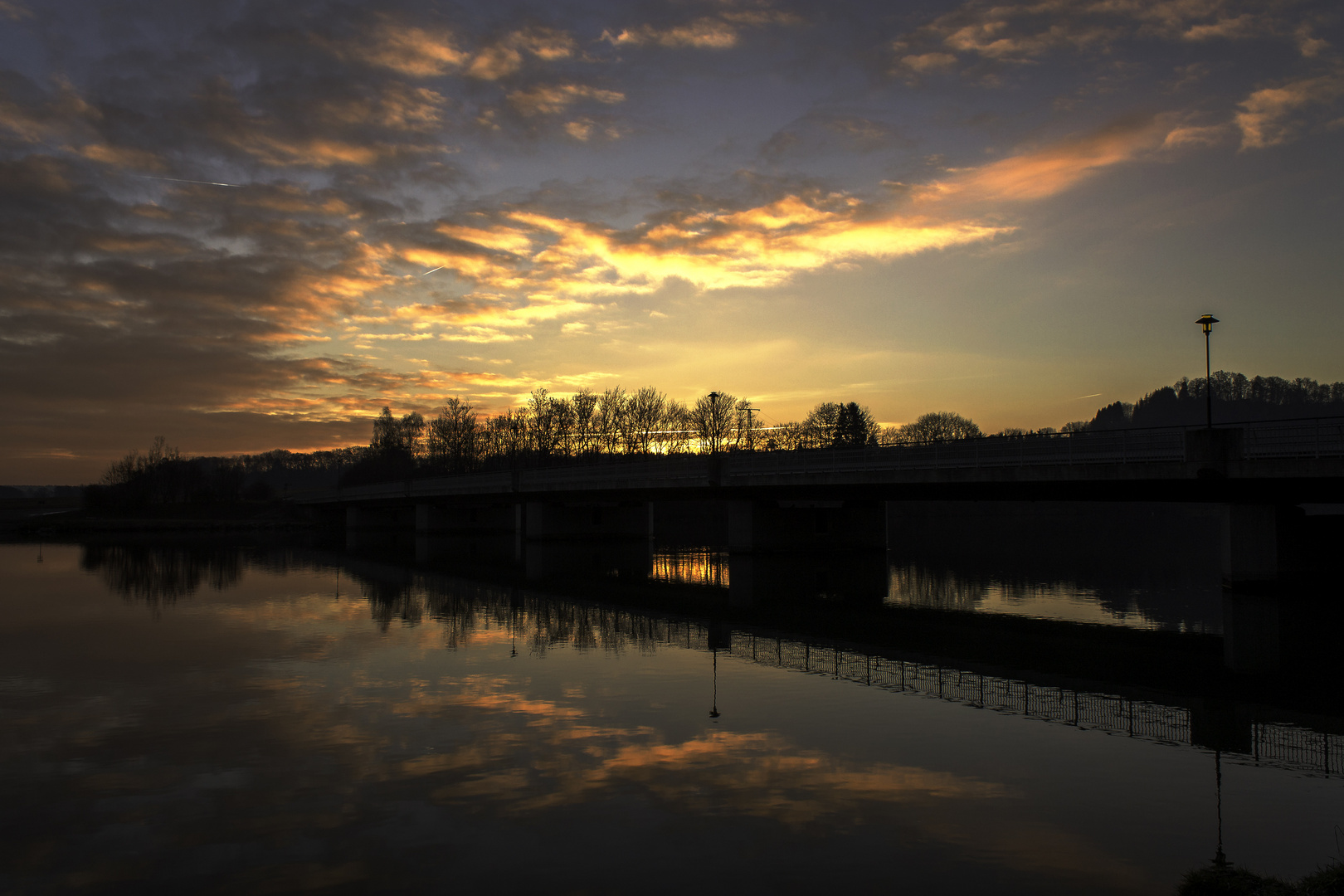 Innbrücke bei Sonnenaufgang