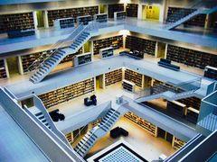 Innen-Aufnahme  der Stadtbibliothek Stuttgart 2015