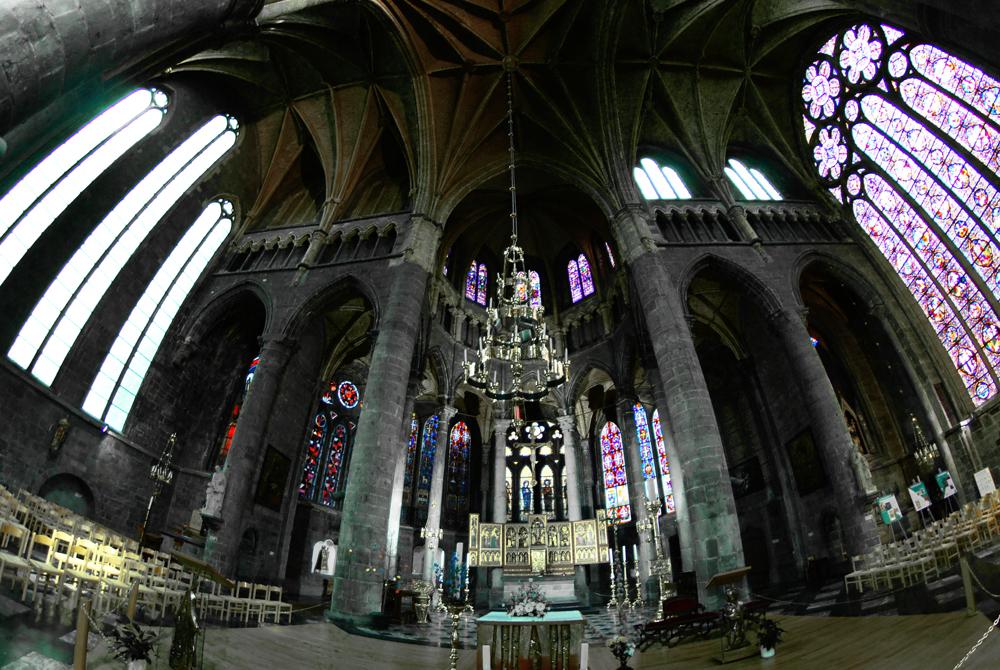 Innenansicht Kirche Dinant