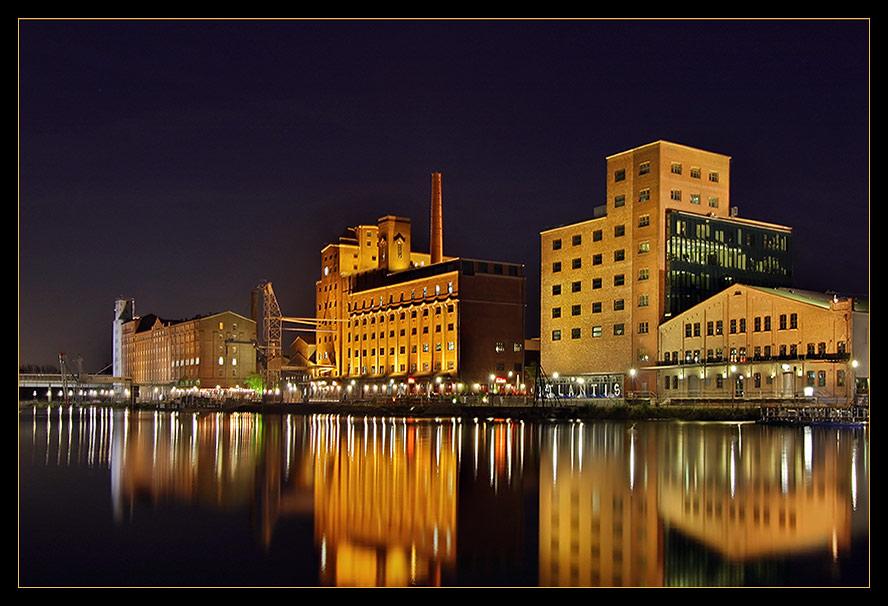 Innenhafen Duisburg....