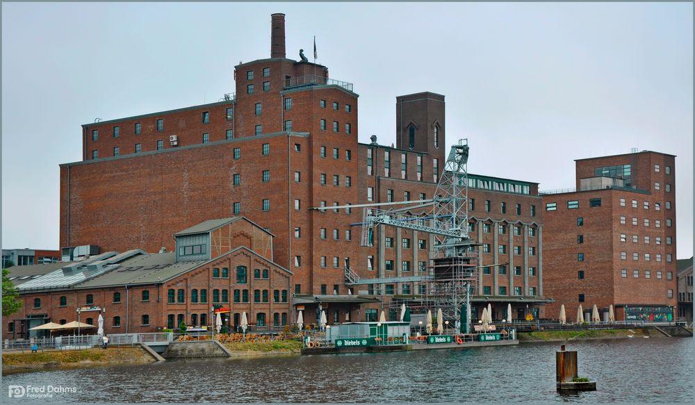 Innenhafen Duisburg III