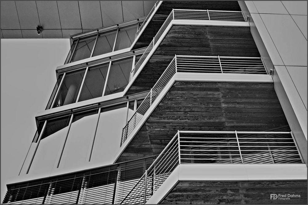 Innenhafen Duisburg VIII