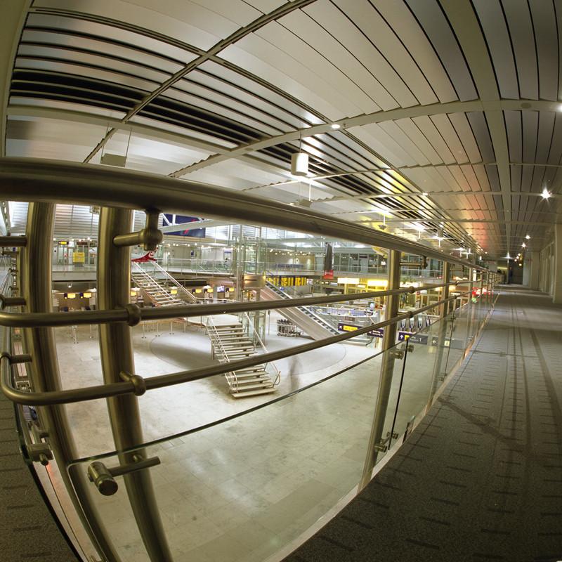 Innenhallte des Flughafens von Nürnberg