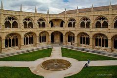Innenhof des Mosteiro dos Jeronimos in Lisboa