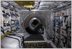 Innenraum in der ISS . 1