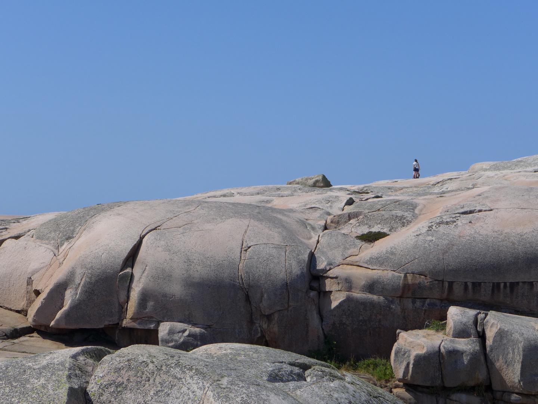 Insel Hållö, Steinformationen