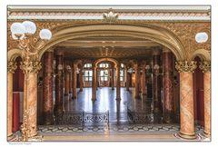 inside Atheneum Bucharest II