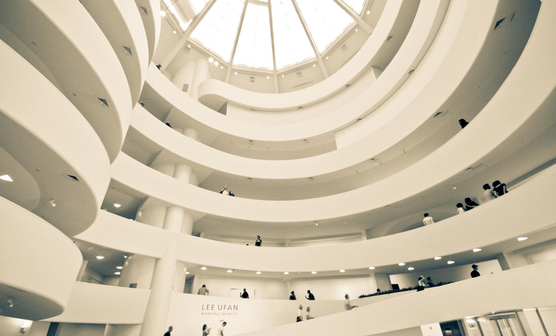 inside Guggenheim Museum Foto & Bild | north america ...  Guggenheim Inside