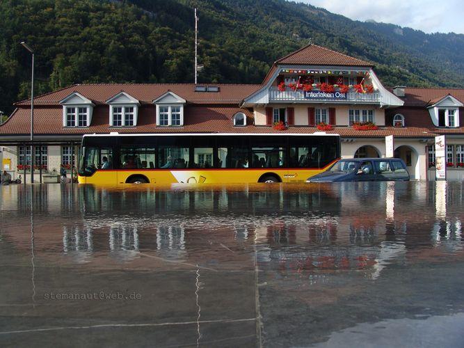 Interlaken unter Wasser