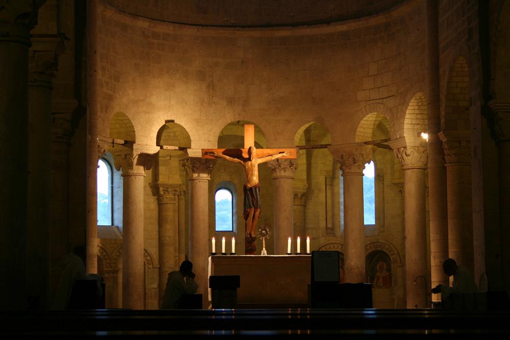 Interno abbazia s antimo foto immagini arte soggetti for B b interno 8