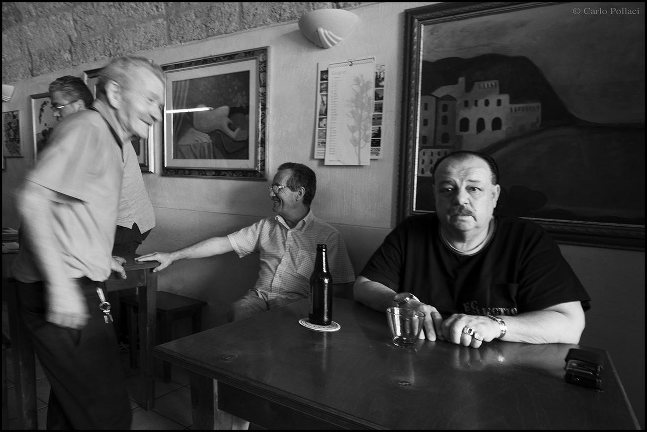 Interno Bar, Puglia