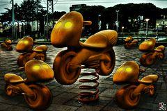 Invaders...di notte in un parco giochi ;-)))))