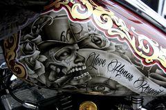 Irrstes Motorrad [ Love Honor Respect ]