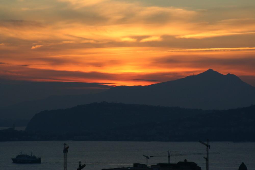 Ischia al tramonto