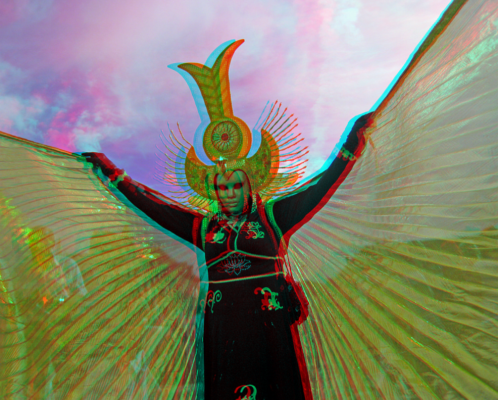 Isis Wings (3D-Anaglyphe)
