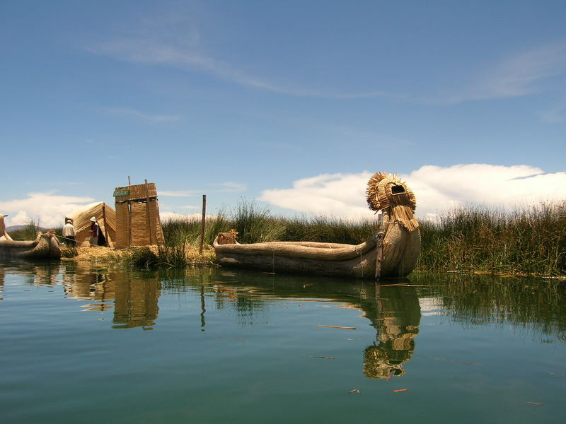 Isla Uros - Lago Titicaca - Puno - Peru