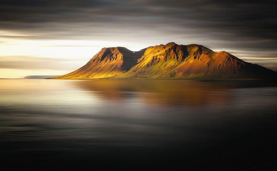 Isländischer Sonnenuntergang