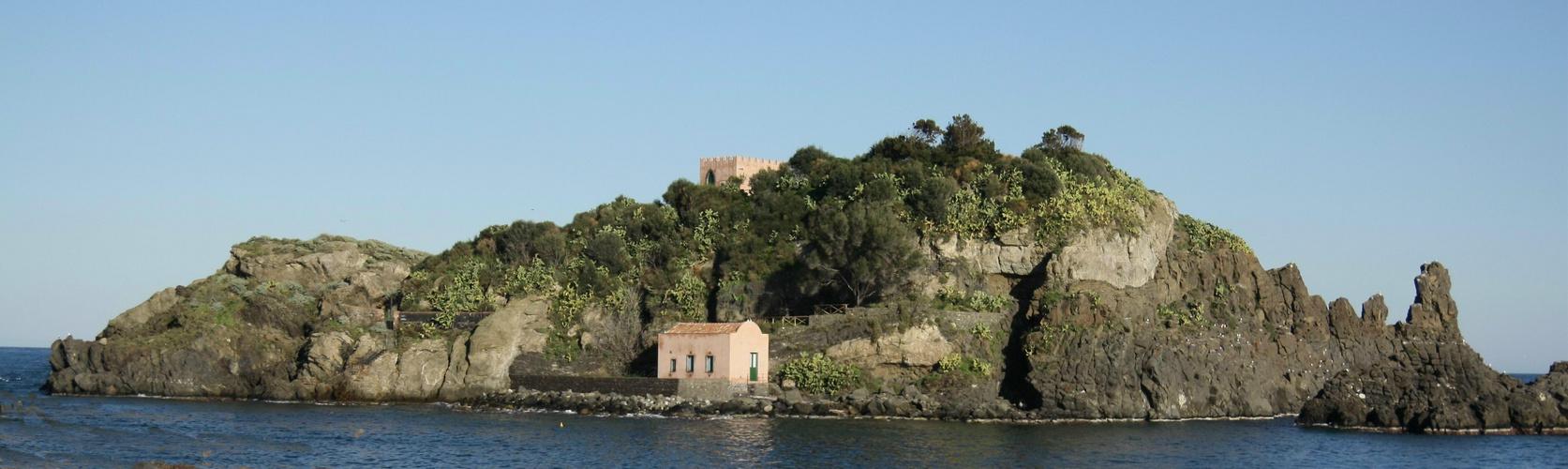 isola lachea (acitrezza)
