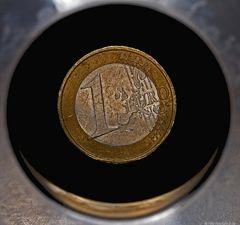 Ist unser Euro auch schon im schwarzen Loch? .  (1156)