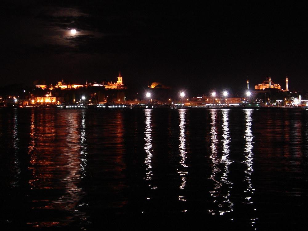 Istanbul - night -