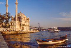 Istanbul:  Ortaköy-Moschee