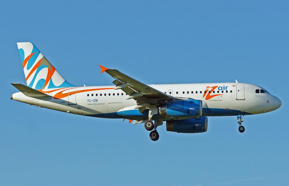 Izmir Airlines Airbus A319-132