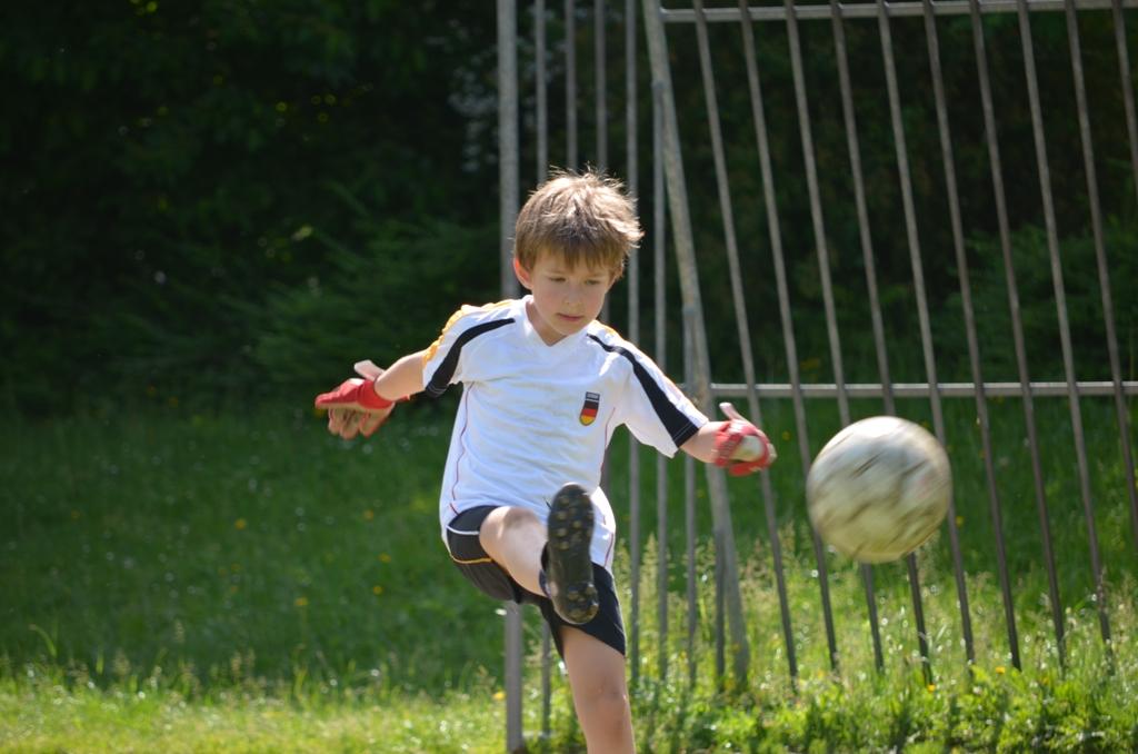 j like football
