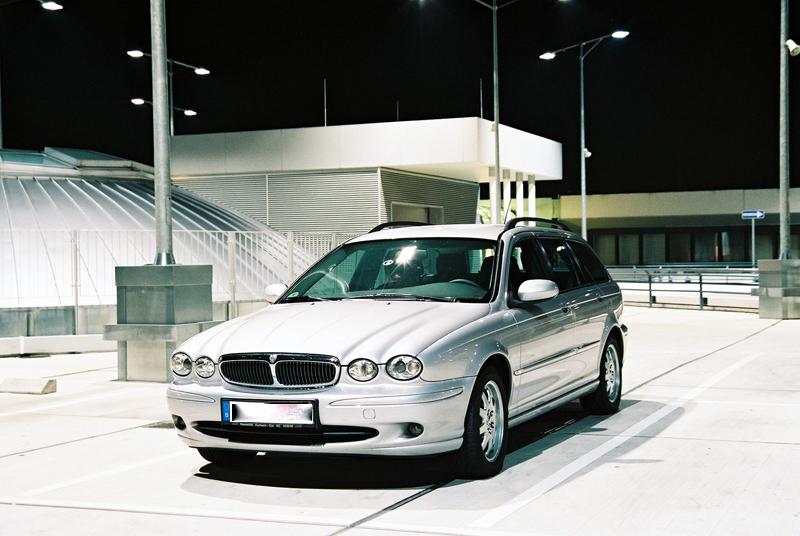 Jaguar bei Nacht (2)