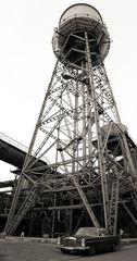 Jahrhunderthalle Wasserturm