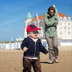 Jakob discovers the beach
