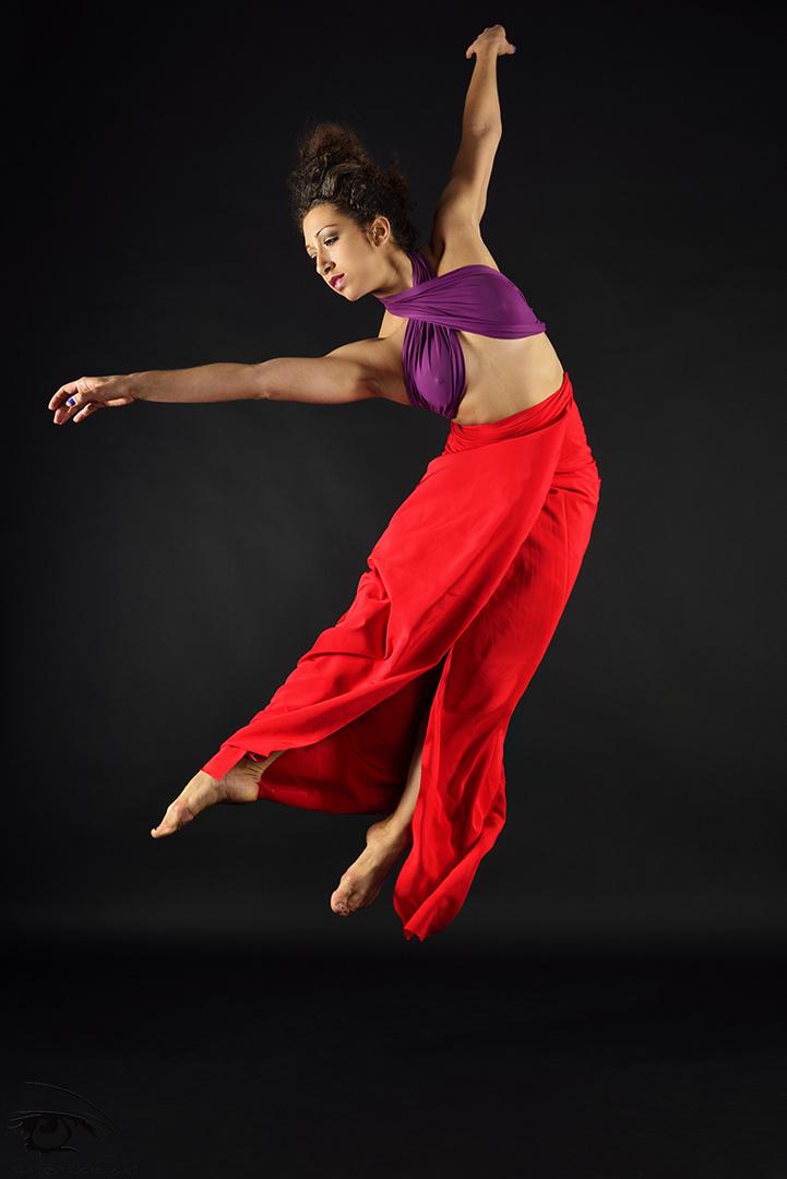 Jasmin flying