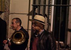 Jazz des gitans dans la nuit de Marseille
