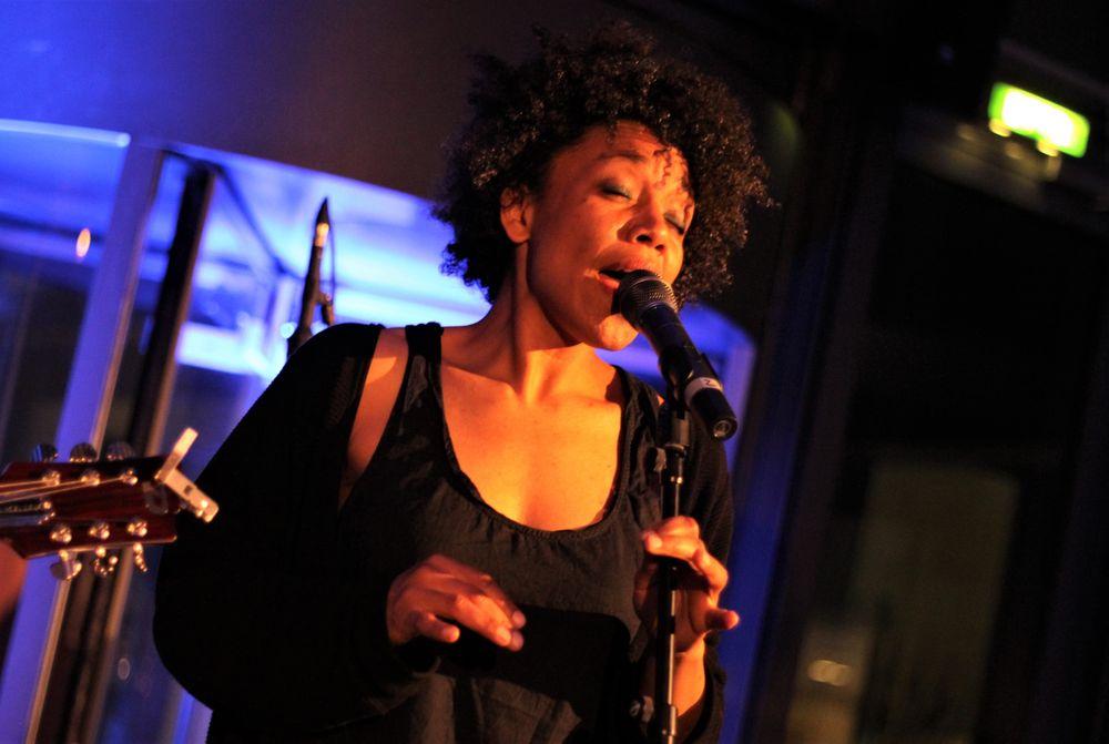 Jazz Fola Dada voc TIPP Ca-16col
