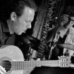 JAZZ Gitarrist M. Holley sw Stgt Mai17 2mal