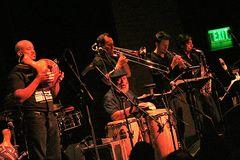 Jazz Poncho Sanchez im Club YOSHIs in SF