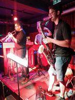 Jazz Stgt Kiste 28-07-18 Alex Bühl +3Fotos J5-18-1